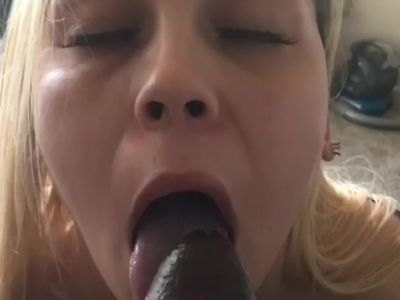 She loves sucking this bbc